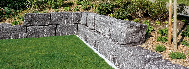 Mur de pierre naturelle
